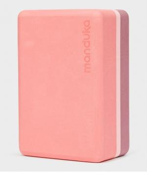 Блок для йоги Manduka Recycled Foam Yoga Block 23*15*10 см - Clay