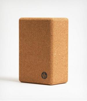 Пробковый блок для йоги Manduka 23*15*10 см - Cork Block