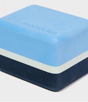 Блок для йоги Manduka Recycled Foam Yoga Mini Block 10*11,5*15 см - Surf